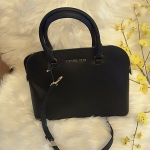 8f1767adf64a ... usa michael kors cindy lg dome satchel leather bag 5245e a83e4 cheap michael  kors cindy dome crossbody bag and 50 similar items. qq ...